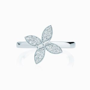 Ecksand Northern Crescent butterfly diamond ring face