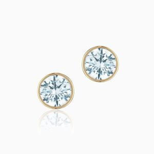 Ecksand Diamond Stud Earrings Face
