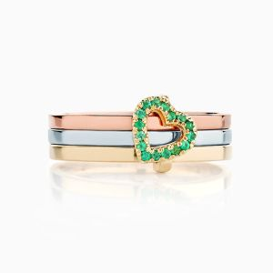 Front View of the Ecksand Pure Gemstone Emerald Three Band Heart Ring