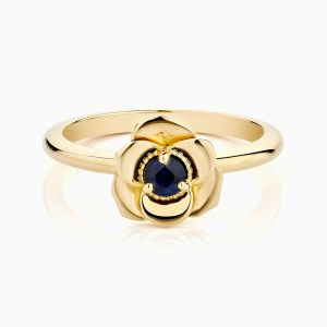 Ecksand sapphire flower shaped engagement ring face