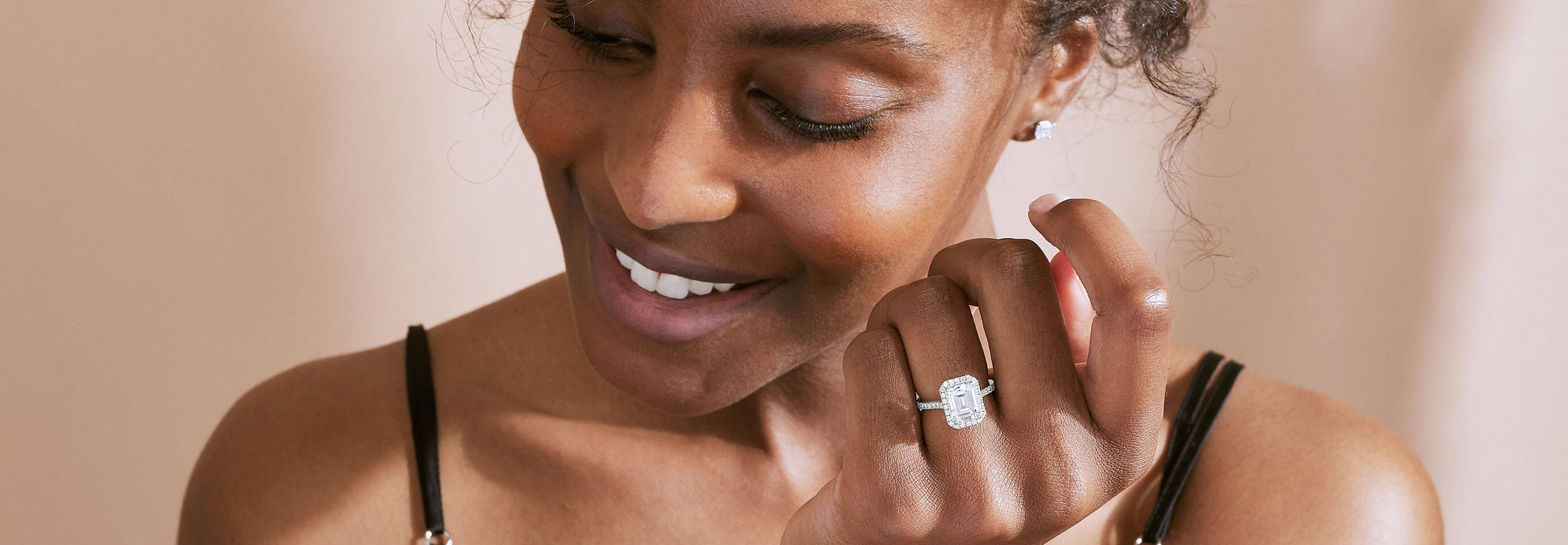 The Ecksand Double Diamond Halo Round Cut Diamond Engagement Ring in White Gold