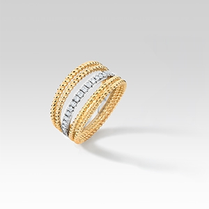 The Ecksand Tresses Diamond Fan Cuff Ring in Yellow Gold