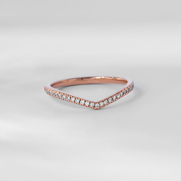 Front View of the Ecksand Wave V Shaped Diamond Pavé Wedding Ring in Rose Gold