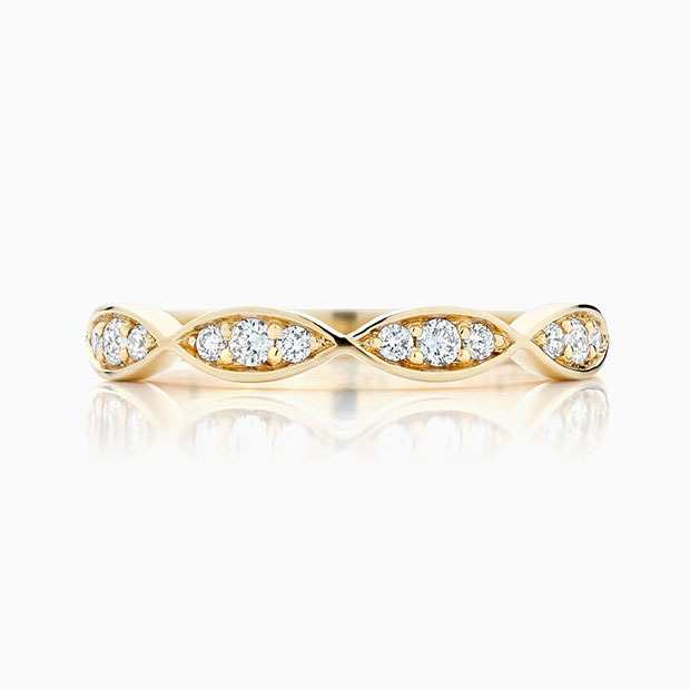 Front View of the Ecksand Vintage Curving Diamond Wedding Ring in Yellow Gold