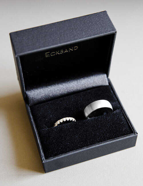 Front View of the Ecksand Men's Mirror Men's Wedding Band in White Gold