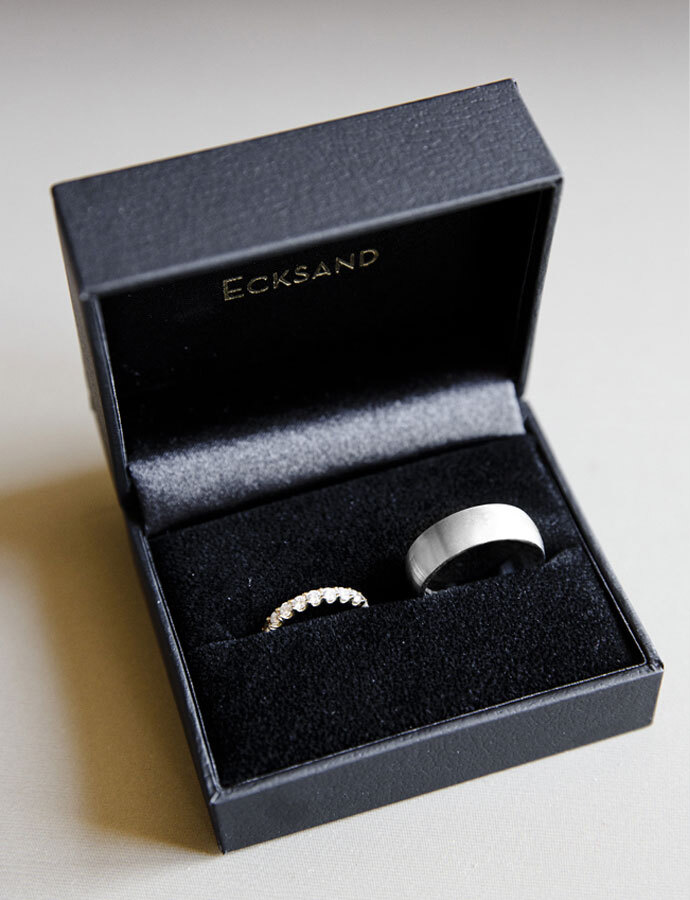 Front View of the Ecksand Men's Large Mirror Men's Wedding Band in White Gold