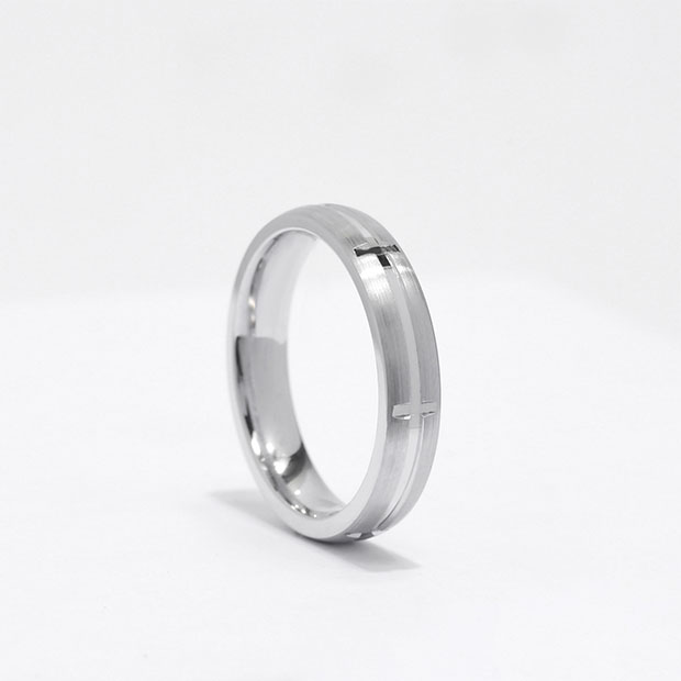 Front View of the Ecksand Men's Cross Men's Wedding Band in White Gold